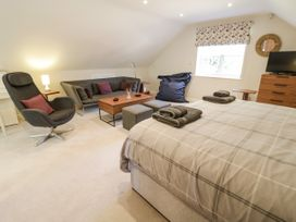 The Studio at Church House - Cotswolds - 1084375 - thumbnail photo 5