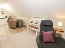 The Studio at Church House - Cotswolds - 1084375 - thumbnail photo 6