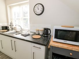 The Studio at Church House - Cotswolds - 1084375 - thumbnail photo 12