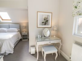 The Hideaway at Church House - Cotswolds - 1084377 - thumbnail photo 8