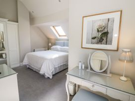 The Hideaway at Church House - Cotswolds - 1084377 - thumbnail photo 9
