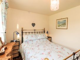 Teal Cottage - Lake District - 1084485 - thumbnail photo 12