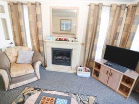 Trewan Lodge - Anglesey - 1084566 - thumbnail photo 4