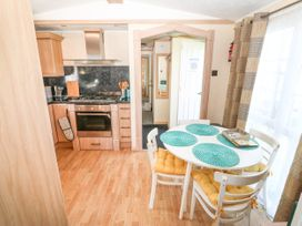 Trewan Lodge - Anglesey - 1084566 - thumbnail photo 5