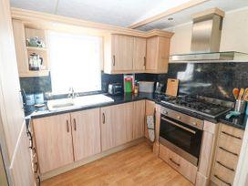 Trewan Lodge - Anglesey - 1084566 - thumbnail photo 7