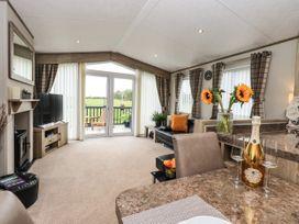 Sunflower Lodge - Lake District - 1085242 - thumbnail photo 6