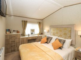 Sunflower Lodge - Lake District - 1085242 - thumbnail photo 15