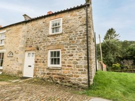 Hollyside Cottage - North Yorkshire (incl. Whitby) - 1085325 - thumbnail photo 2