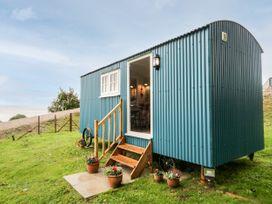 Seashore Shepherds Hut @ Moat Farm - Lake District - 1085409 - thumbnail photo 19