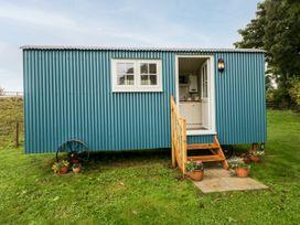 Seashore Shepherds Hut @ Moat Farm - Lake District - 1085409 - thumbnail photo 21