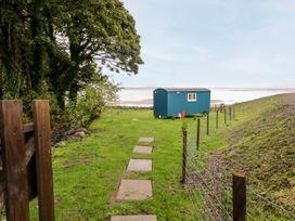 Seashore Shepherds Hut @ Moat Farm - Lake District - 1085409 - thumbnail photo 2