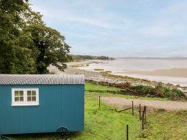 Seashore Shepherds Hut @ Moat Farm - Lake District - 1085409 - thumbnail photo 23