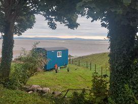 Seashore Shepherds Hut @ Moat Farm - Lake District - 1085409 - thumbnail photo 3