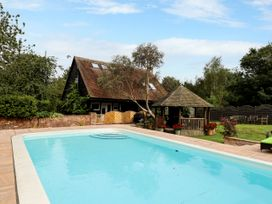 The Pool House - Central England - 1085534 - thumbnail photo 24