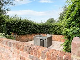The Pool House - Central England - 1085534 - thumbnail photo 27