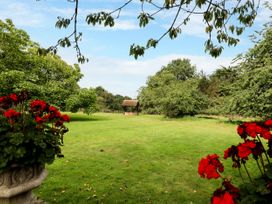 The Pool House - Central England - 1085534 - thumbnail photo 29
