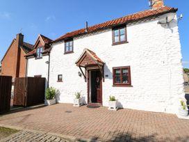 Chalk Cottage - Norfolk - 1085677 - thumbnail photo 2