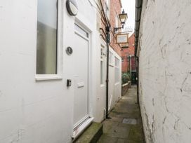24 Baxtergate - North Yorkshire (incl. Whitby) - 1085746 - thumbnail photo 25