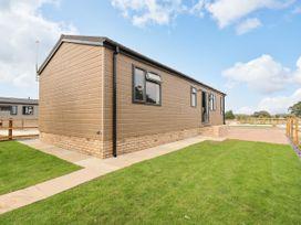 Lodge 47 - Suffolk & Essex - 1085822 - thumbnail photo 2
