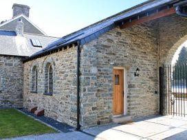 4 Bythynnod yr Aran - North Wales - 10870 - thumbnail photo 1