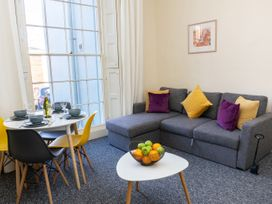 Ground Floor Apartment - Cotswolds - 1087406 - thumbnail photo 3