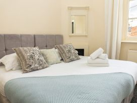 First Floor Apartment - Cotswolds - 1087472 - thumbnail photo 11