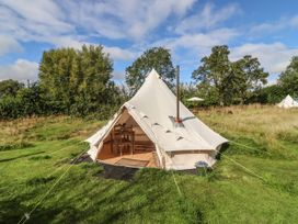 Lilliebell - Herefordshire - 1087698 - thumbnail photo 1