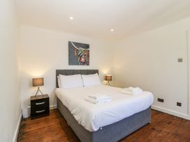 Apartment 5 The Lodge - Cotswolds - 1087885 - thumbnail photo 10