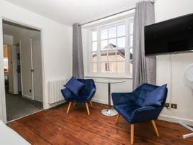 Apartment 5 The Lodge - Cotswolds - 1087885 - thumbnail photo 13