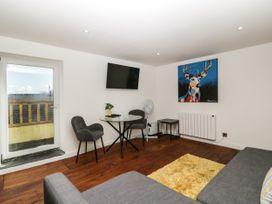 Apartment 6 The Lodge - Cotswolds - 1087886 - thumbnail photo 5