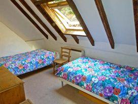 Shoreside Cottage - Scottish Lowlands - 11232 - thumbnail photo 8