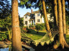 6 bedroom Cottage for rent in Watchet
