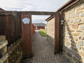 Goldfinch - Northumberland - 11690 - thumbnail photo 14