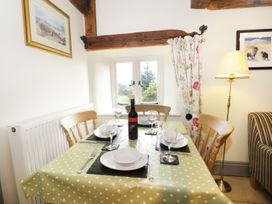 Honey Bee Cottage - Whitby & North Yorkshire - 1195 - thumbnail photo 6