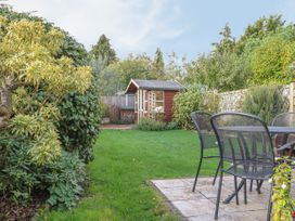 Hollyhedge Cottage - Norfolk - 12091 - thumbnail photo 17