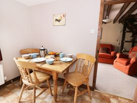 Beech Cottage - Mid Wales - 12564 - thumbnail photo 8