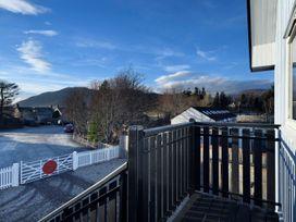 Signal Box - Scottish Highlands - 1304 - thumbnail photo 15