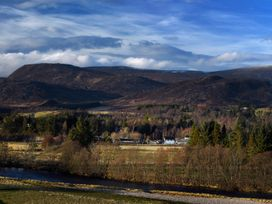 Signal Box - Scottish Highlands - 1304 - thumbnail photo 16