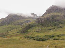 Cnoc nan Cubhaig - Scottish Highlands - 13408 - thumbnail photo 24