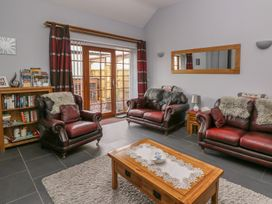 2 bedroom Cottage for rent in Newcastle Emlyn