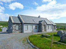 Cúnna Bán - County Clare - 14941 - thumbnail photo 1