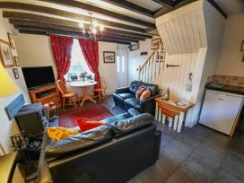 Bwthyn Ger Afon (Riverplace Cottage) - North Wales - 15039 - thumbnail photo 6