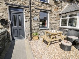 Bwthyn Ger Afon (Riverplace Cottage) - North Wales - 15039 - thumbnail photo 4