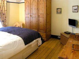 Highgate - North Wales - 17340 - thumbnail photo 12