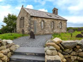Eglwys St Cynfil - North Wales - 17499 - thumbnail photo 1