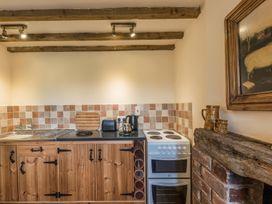 Shepherd's Hut - Shropshire - 17899 - thumbnail photo 13