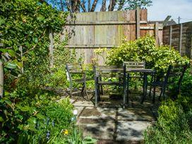 Dorrington Court - Shropshire - 17984 - thumbnail photo 41