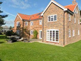 6 bedroom Cottage for rent in Malton