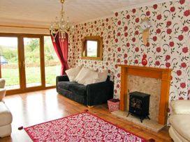 Darren House - South Wales - 18583 - thumbnail photo 3