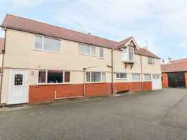 4 bedroom Cottage for rent in Rhos-on-Sea
